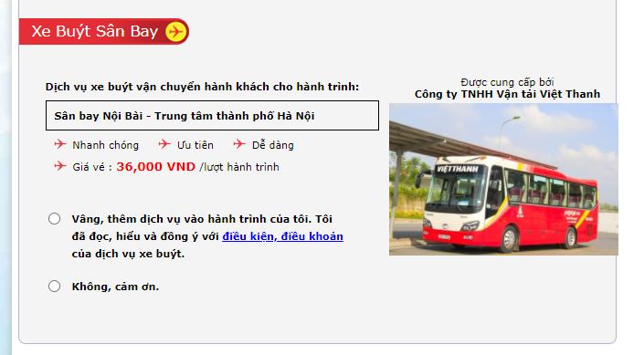 Xe buýt vận chuyển hành khách cho hành trình Sân bay Nội Bài - Trung tâm thành phố Hà Nội